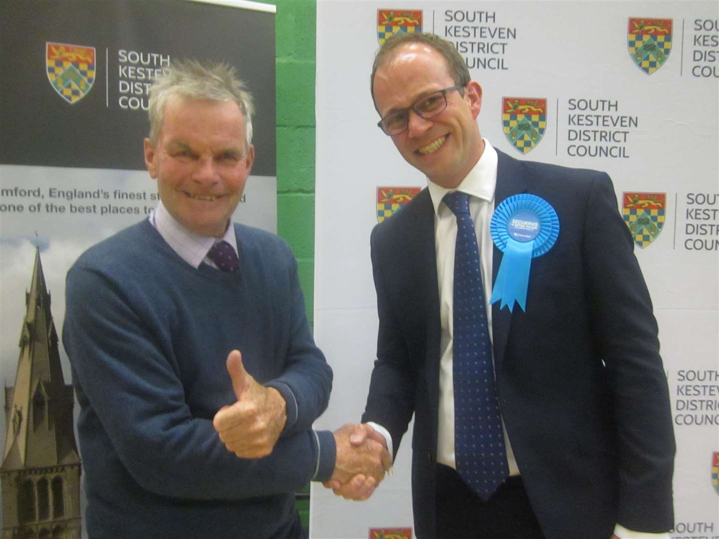 Coun leader Martin Hill and council leader Matthew Lee (9570006)