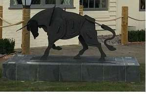 Statue of a bull proposed for the entrance to the Muddle Go Nowhere pub in Grantham.