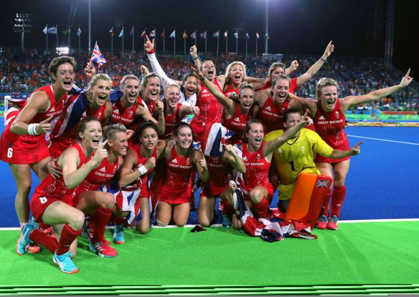 Great Britain celebrate a gold medal in the women's hockey following the gold medal match at the Olympic Hockey Centre on the Fourteenth day of the Rio Olympics Games, Brazil. PRESS ASSOCIATION Photo. Picture date: Friday August 19, 2016. Photo credit: David Davies/PA Wire.
