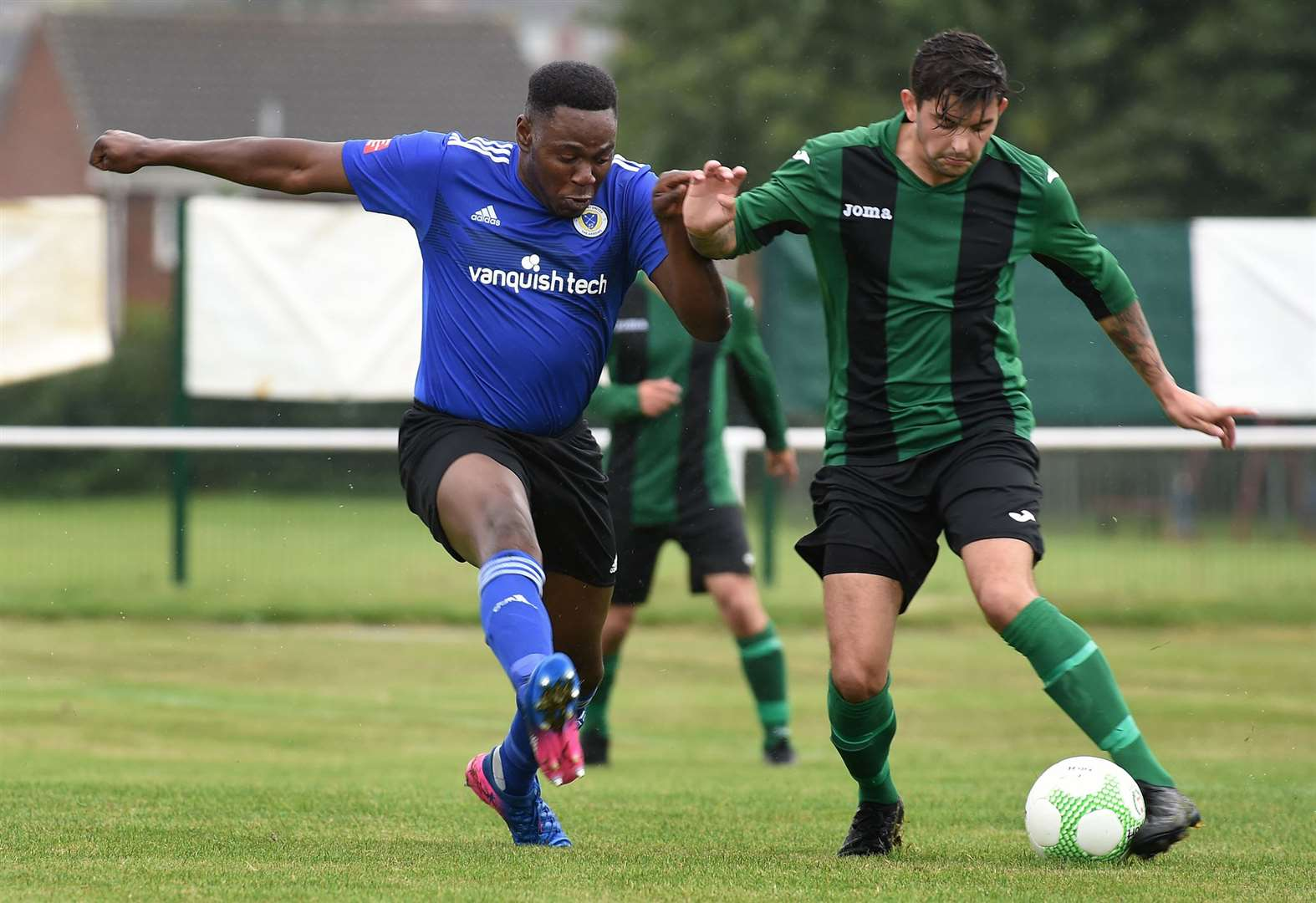 Arrows hit the target in FA Vase opener