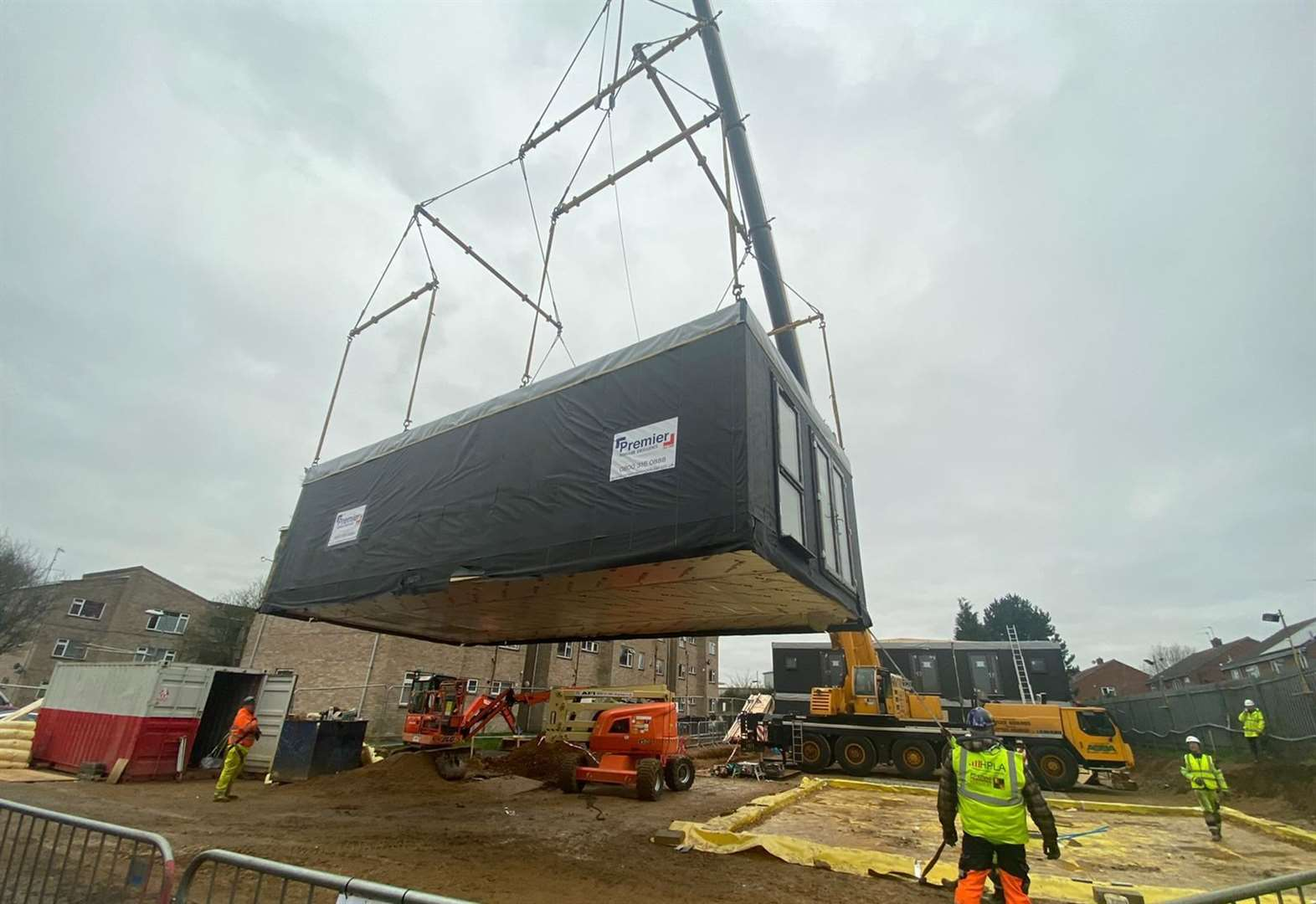'Ready-built' council homes arrive by lorry in Grantham
