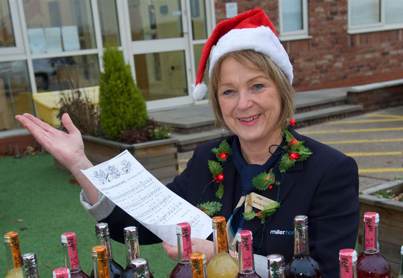 Developer and drinks company deliver festive cheer to Vale of Belvoir day hospice