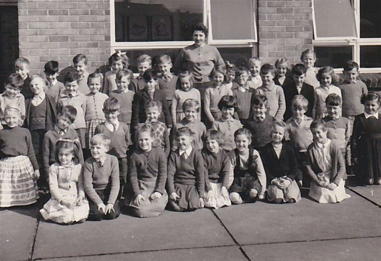 Belton Lane Primary School reunion planned for former pupils of a certain age