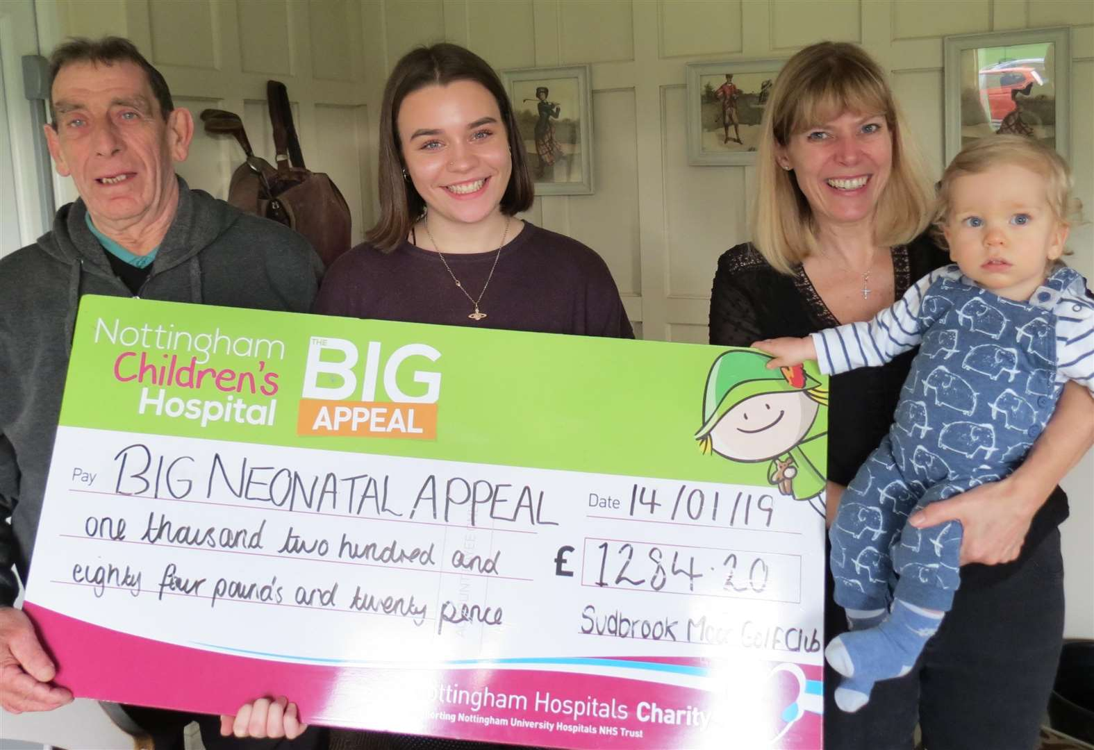 Sudbrook Moor senior captain Mick presents cheque to Nottingham hospital baby unit
