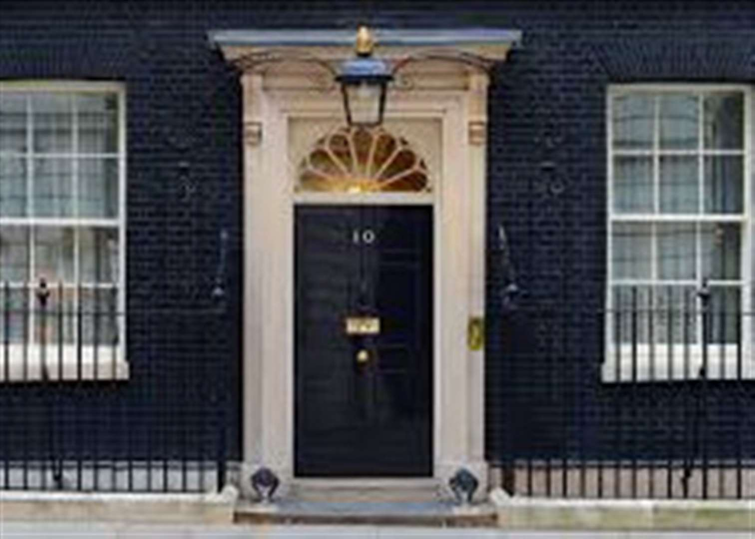 Grantham Journal column: It must be cold outside 10 Downing Street late at night