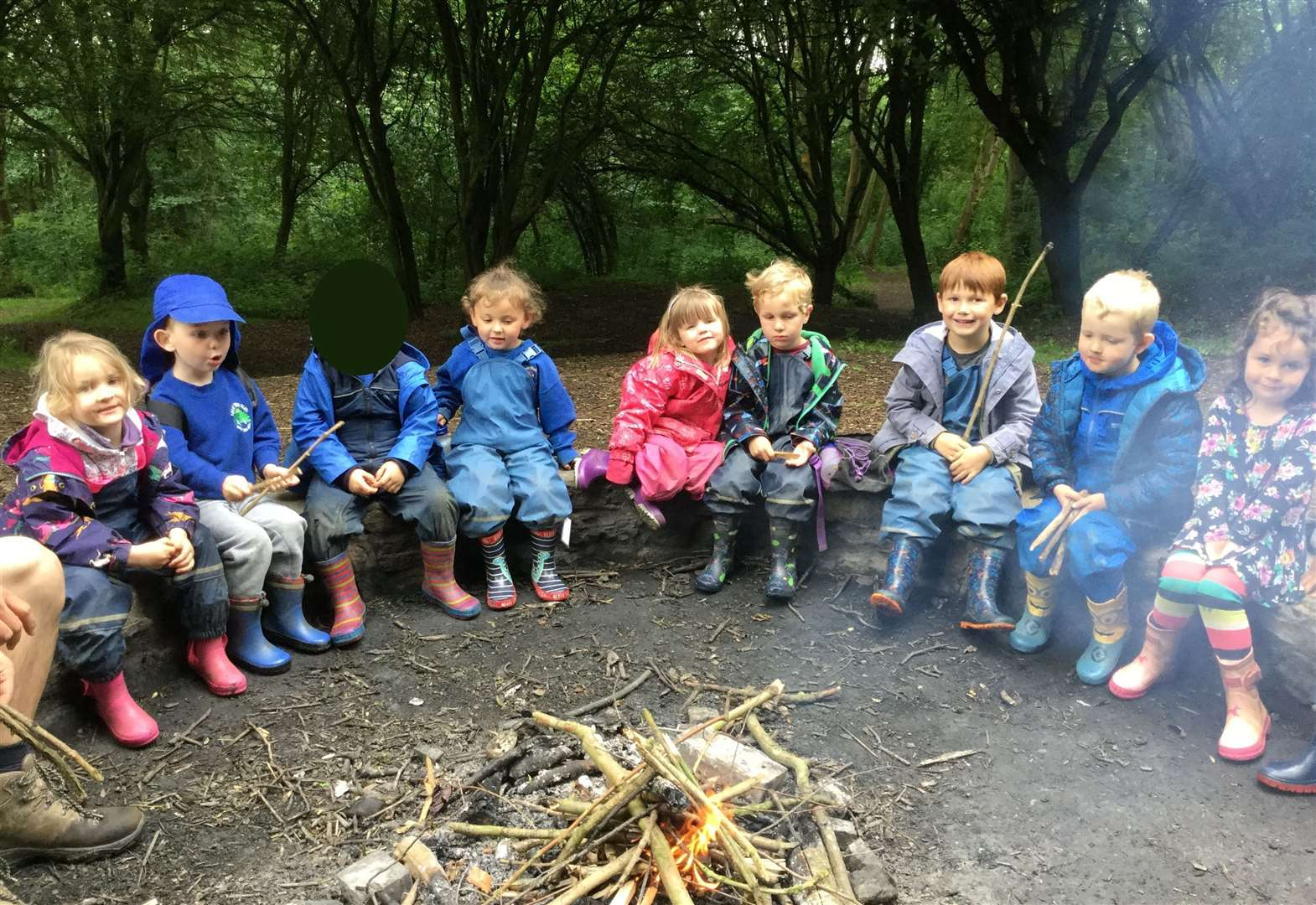 Youngsters enjoy trip to woods to mark final weeks at nursery