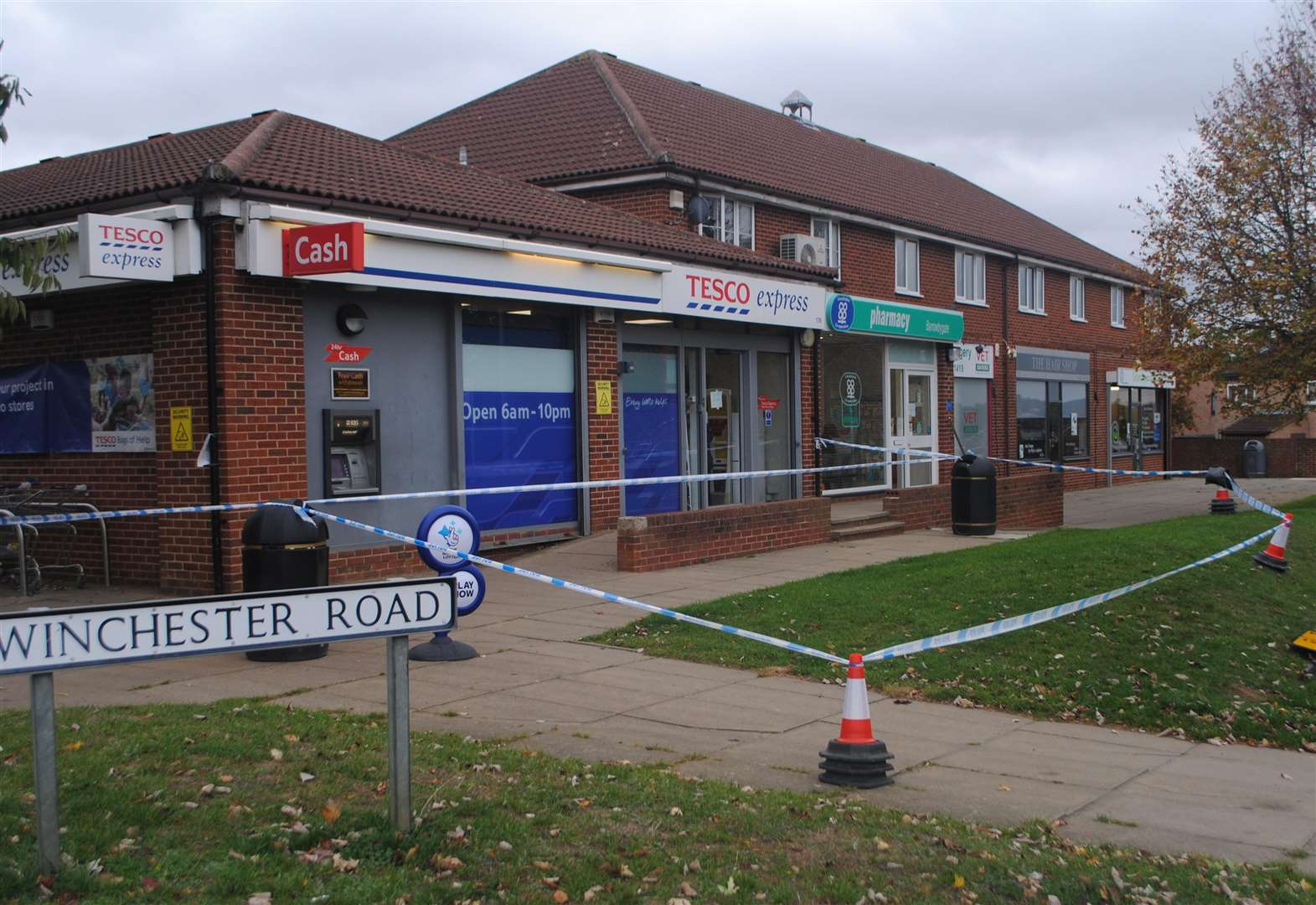 Police cordon off Grantham Tesco Express