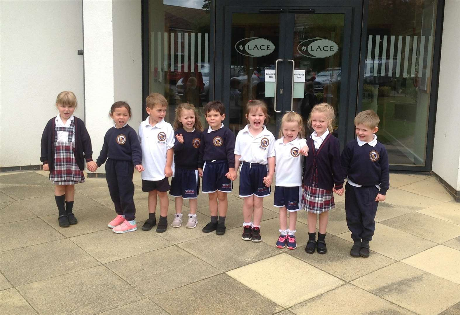 Grantham pre-school enjoy visit to housing complex for over 55's
