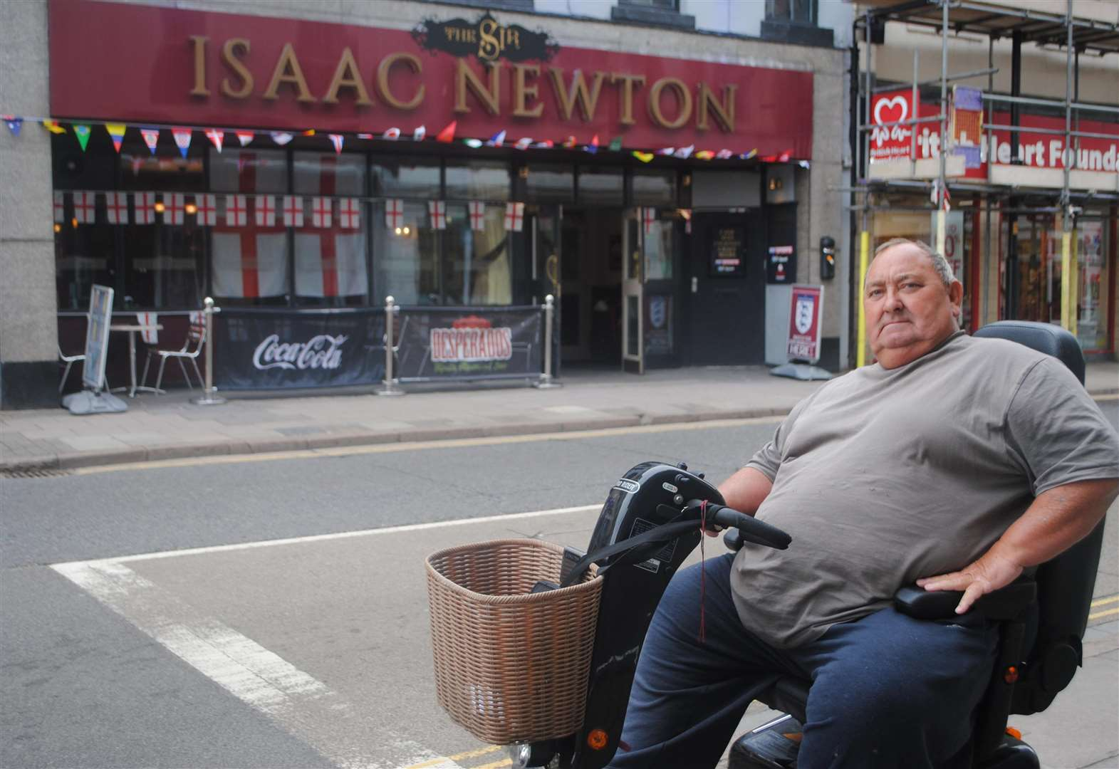 Veteran forced to leave Grantham pub for being on mobility scooter