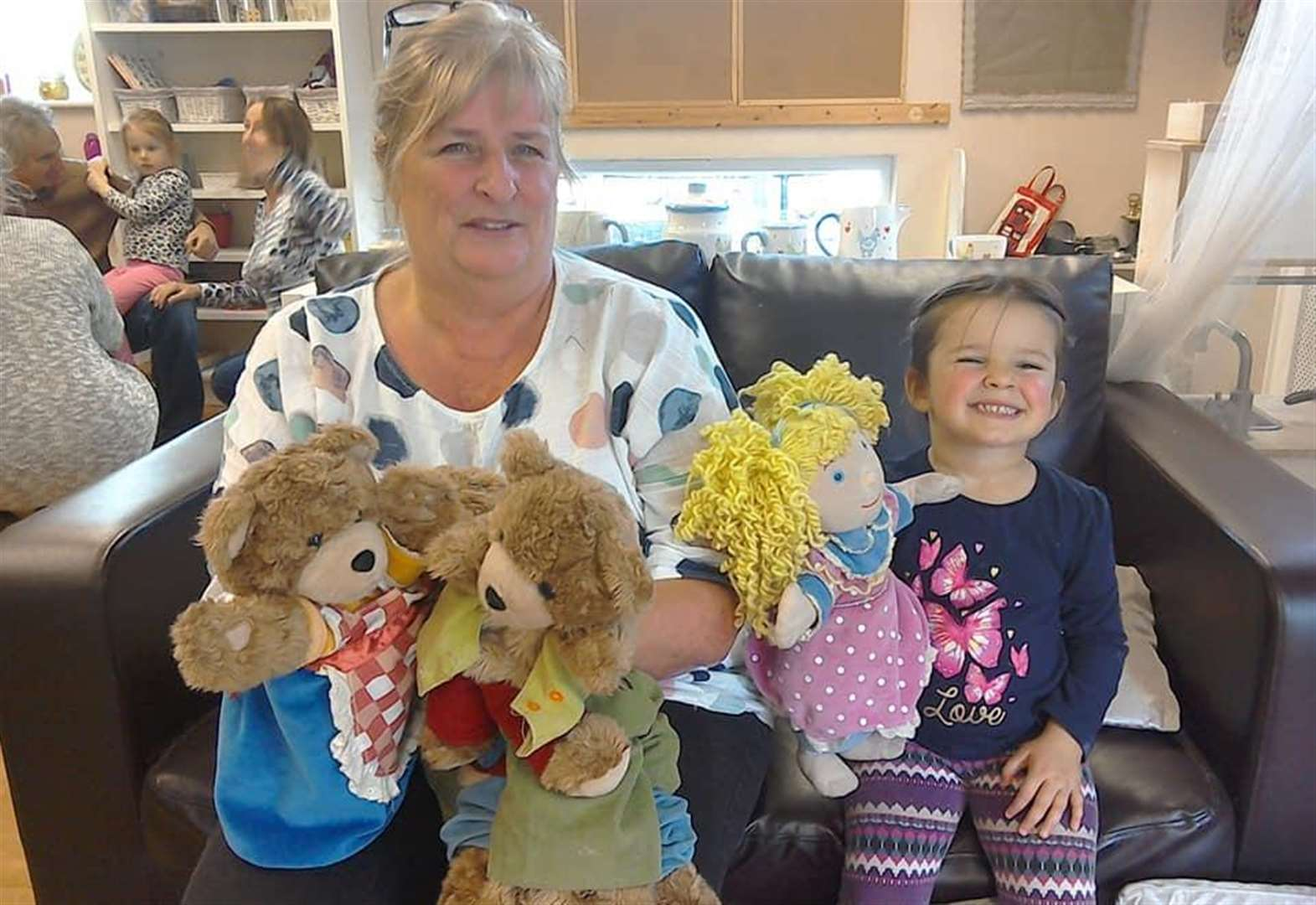 Grantham Grandparents celebrated at 'stay and play' sessions