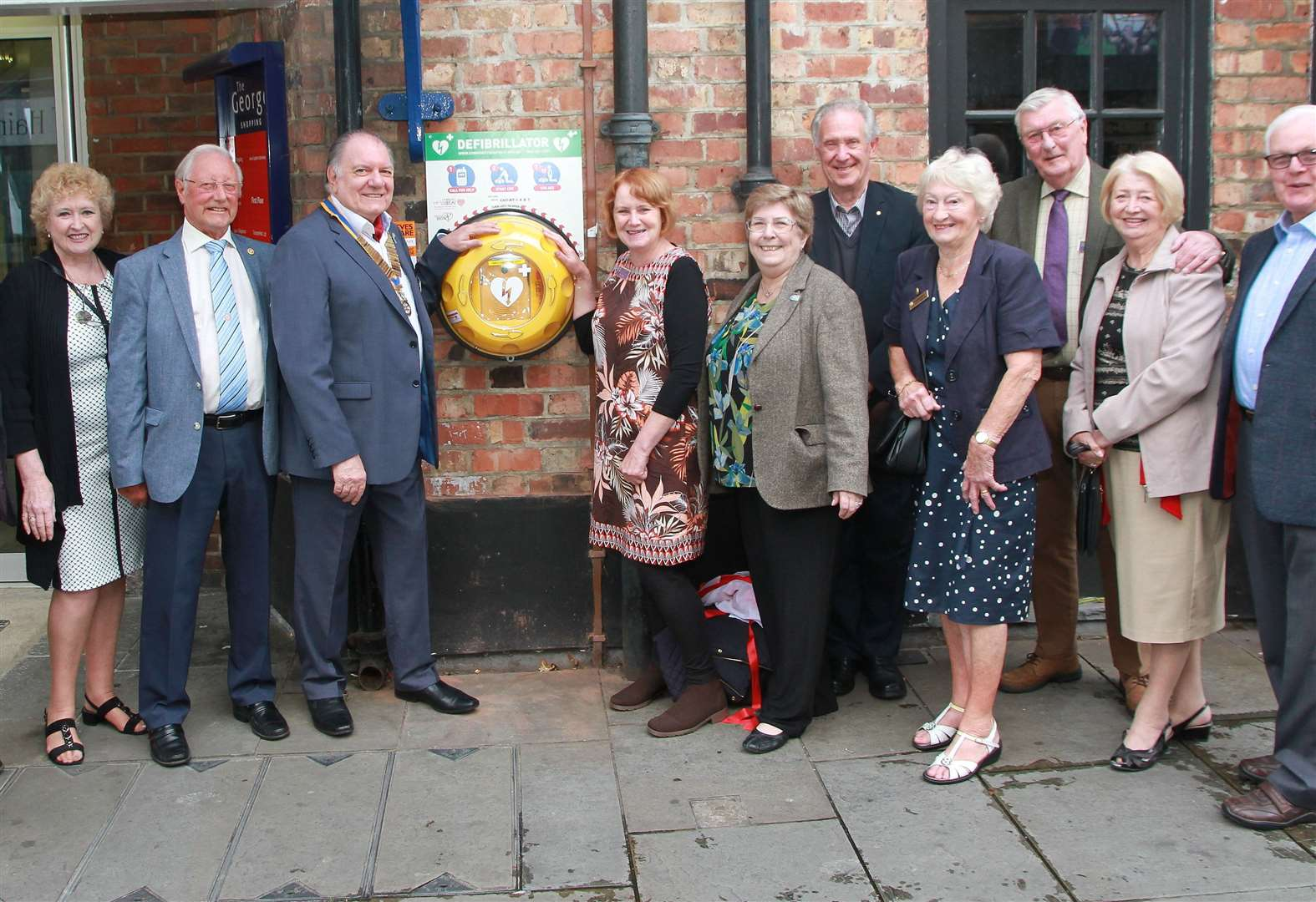 Grantham club unveils defibrillator outside shopping centre