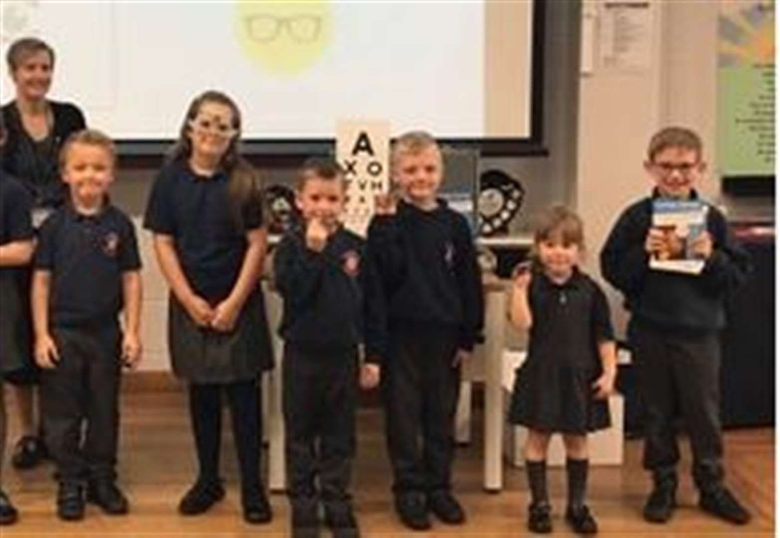 Hundreds of Grantham pupils collect unwanted glasses for charity
