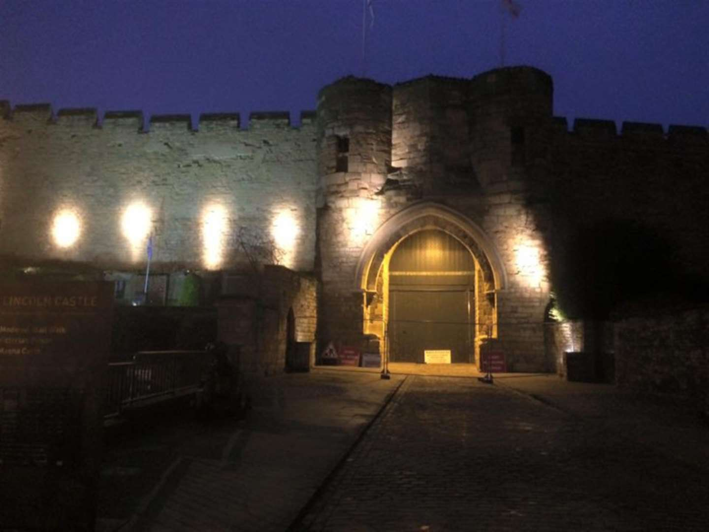 Offer your skills as a volunteer at Lincoln Castle
