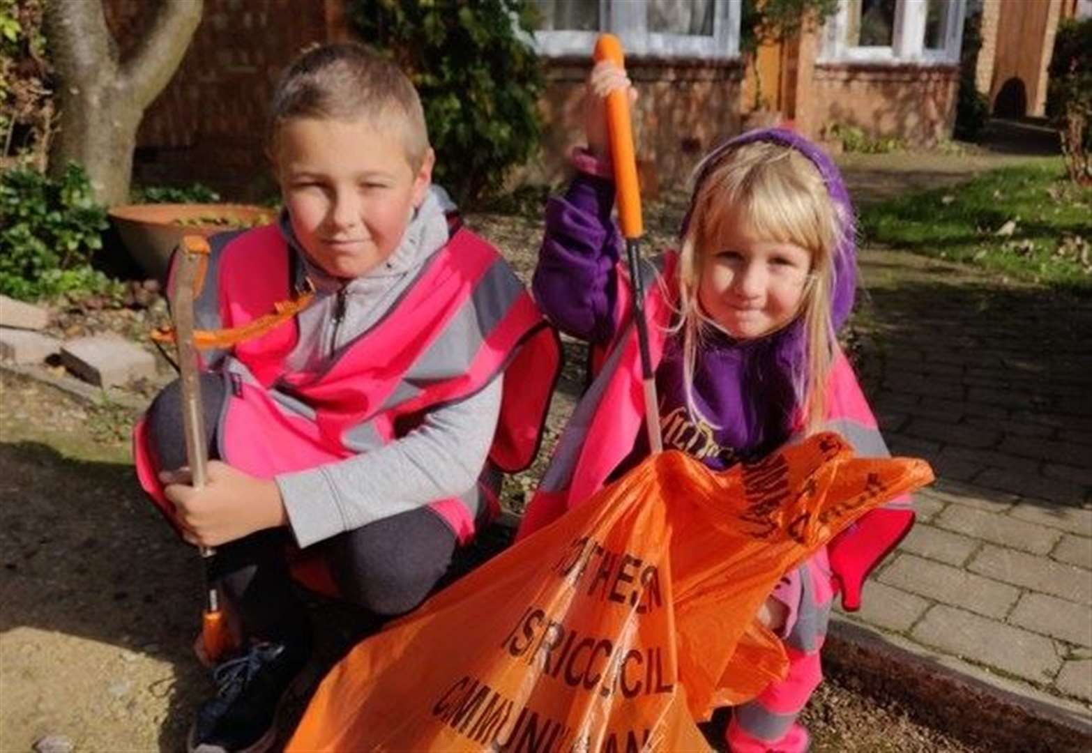 South Kesteven Council urges families to do their bit to keep communities litter-free