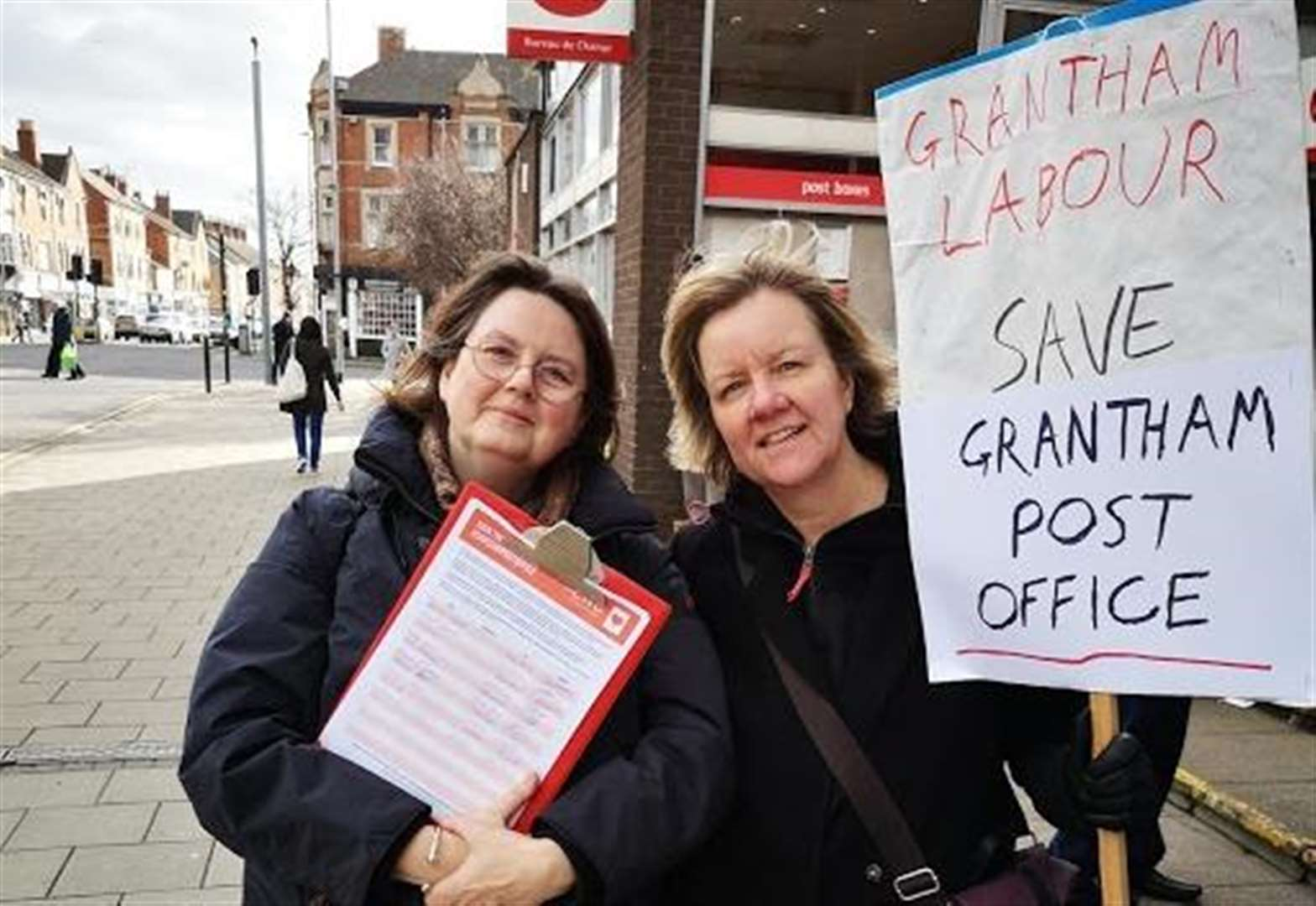 Protest held outside Grantham post office against closure plans