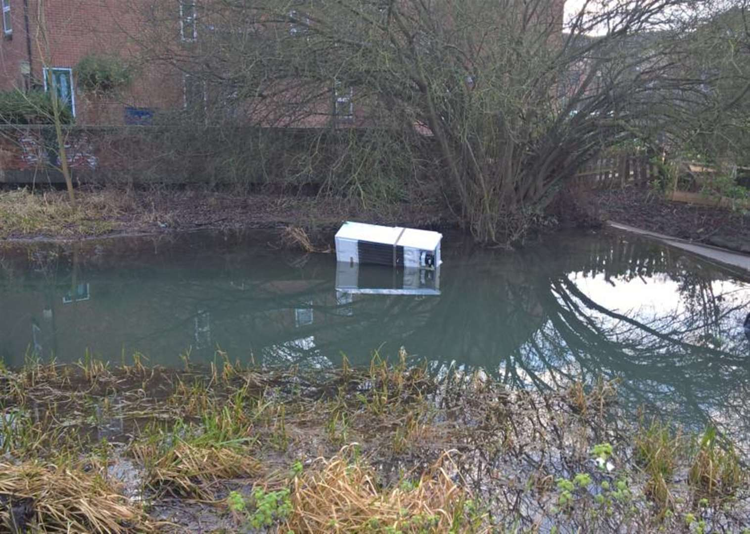 Call for witnesses after Grantham flytippers dump fridge freezer from bridge into River Witham