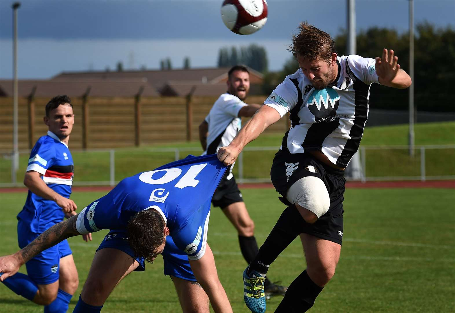 Gingerbreads go into next round of FA Cup spurred on by performance against league leaders