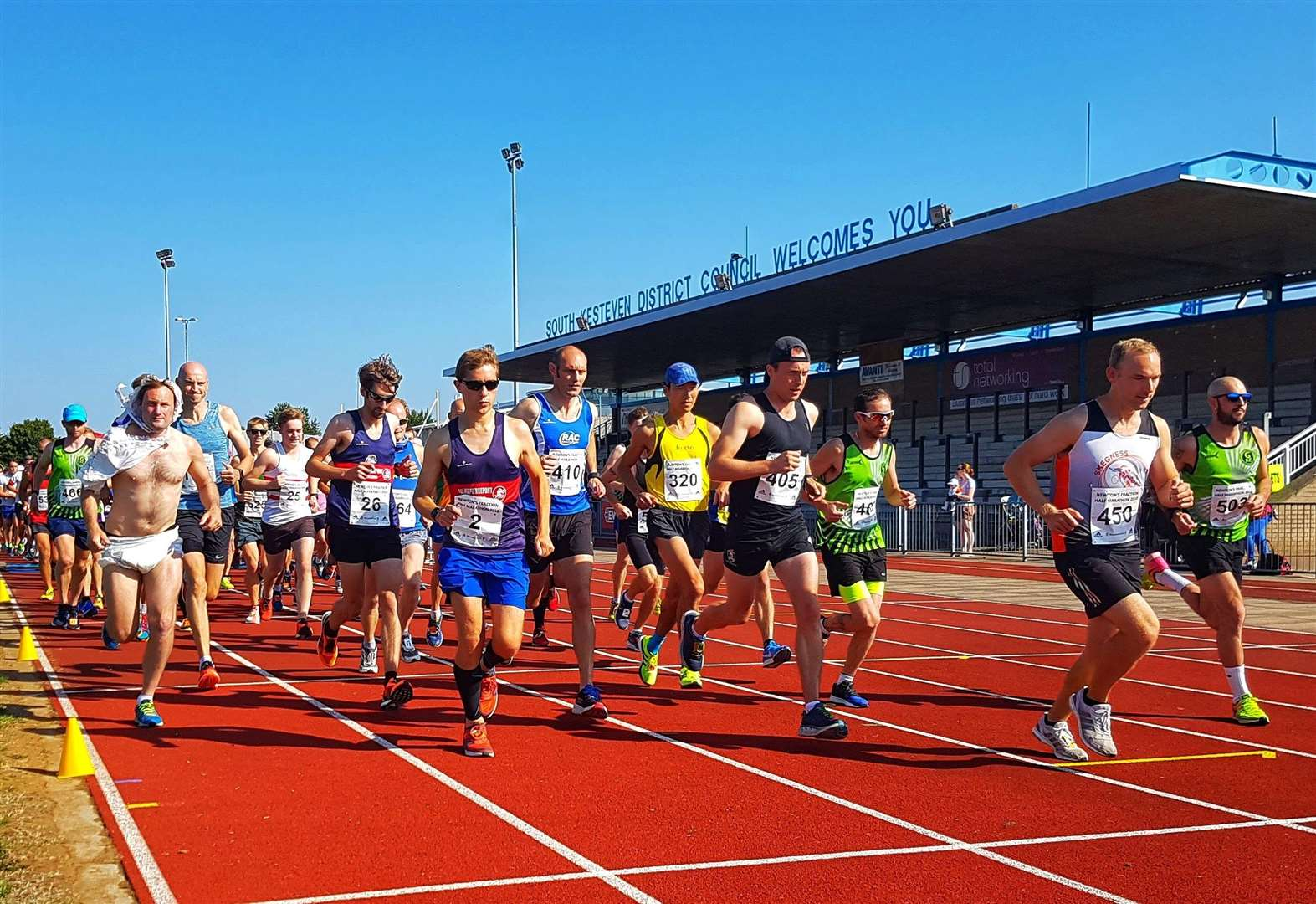 Large turnout for Grantham RC at Newton's Fraction
