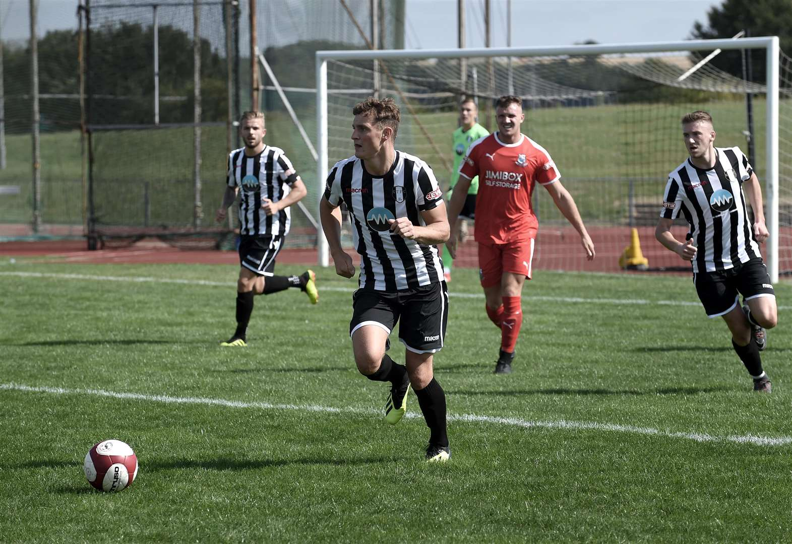 Grantham Town share the points in first game of the season