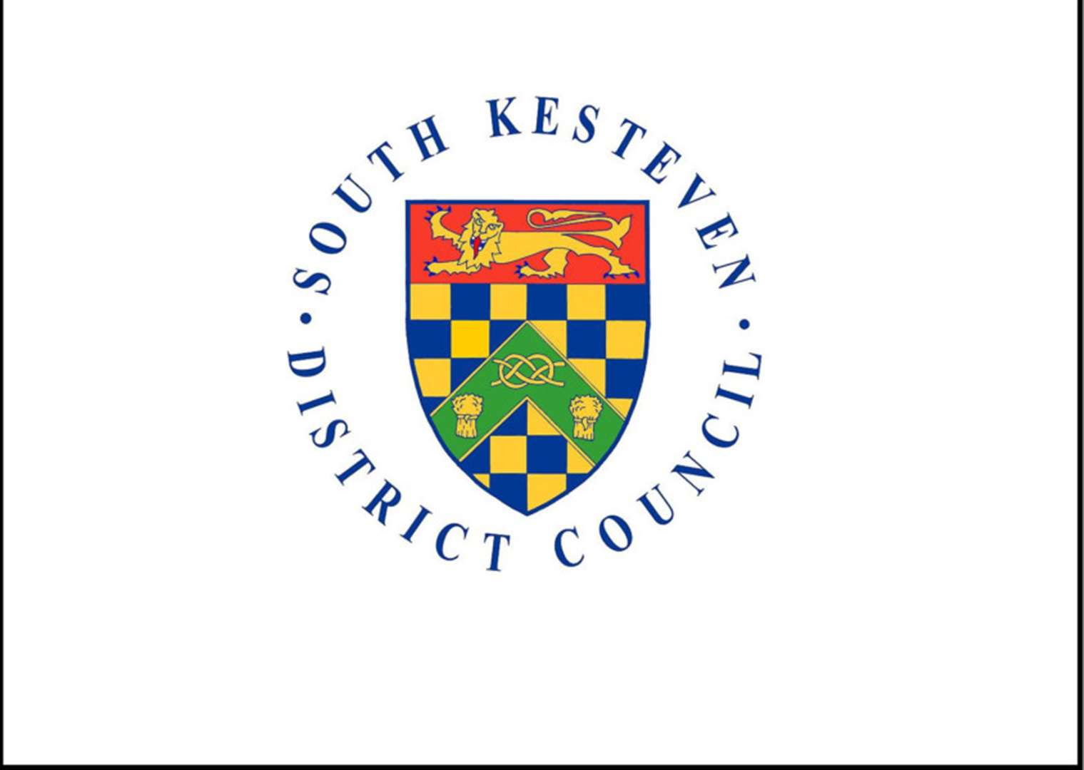 Council says South Kesteven householders can no longer recycle clothes in silver bins