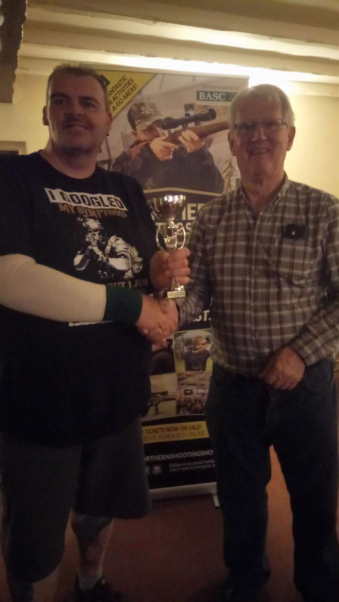 Ian Spridgens collects his trophy as county champion. (2382549)
