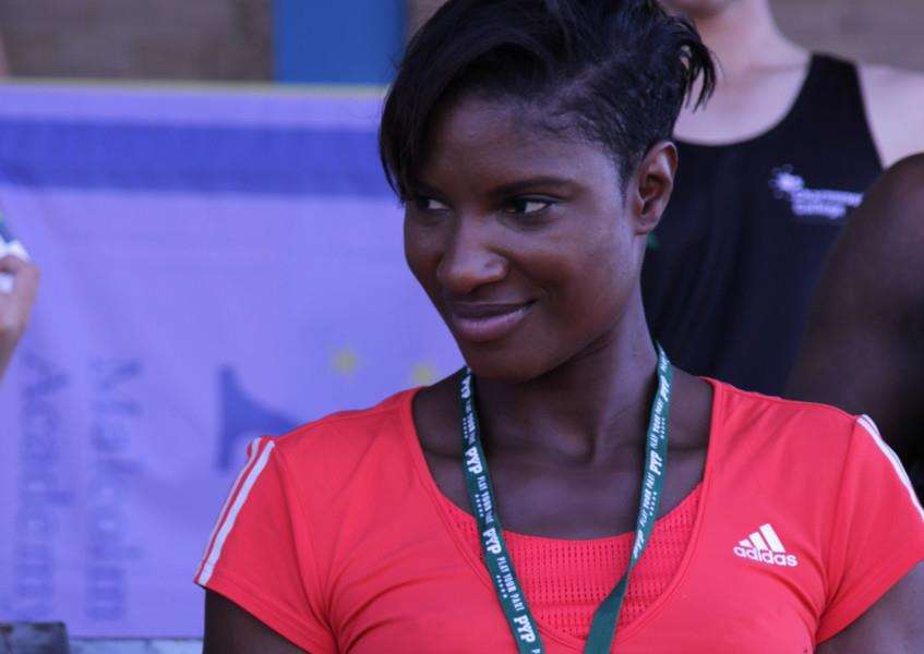 Denise Lewis signs autographs at the Summer Cup at The Meres.