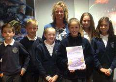 Redmile CE Primary School executive headteacher Julie Hopkins and children from the school's anti-bullying steering group with their Beyond Bullying Award EMN-161007-144236001