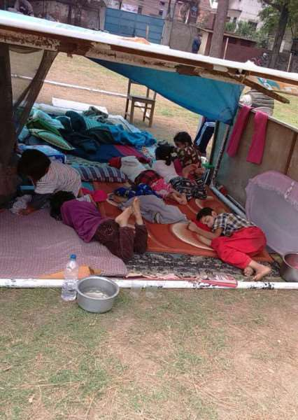 The orphans are currently sleeping under a makeshift shelter.