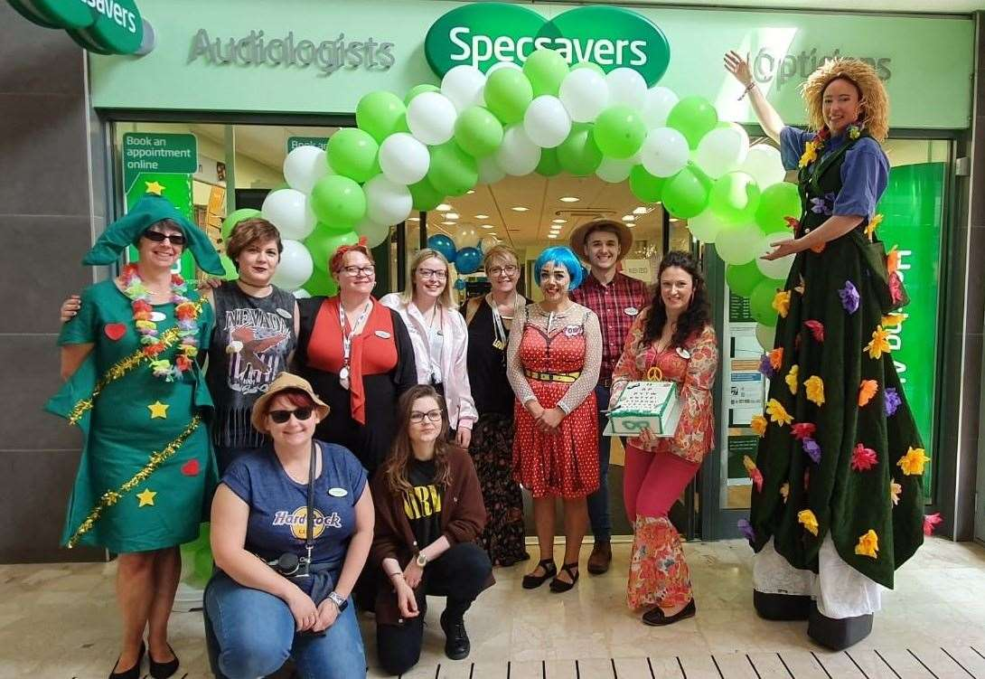The Specsavers store celebrates its 25th year in Grantham. (13130038)