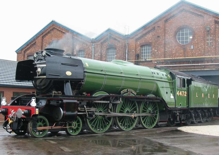 The Flying Scotsman.. EMN-151231-143852001