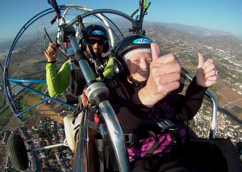 Connie Smith enjoyed a paragliding trip to celebrate her 90th birthday.