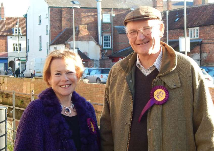 Sleaford and North Hykeham's UKIP candidate Victoria Ayling with East of England MEP Stuart Agnew. EMN-161119-151634001