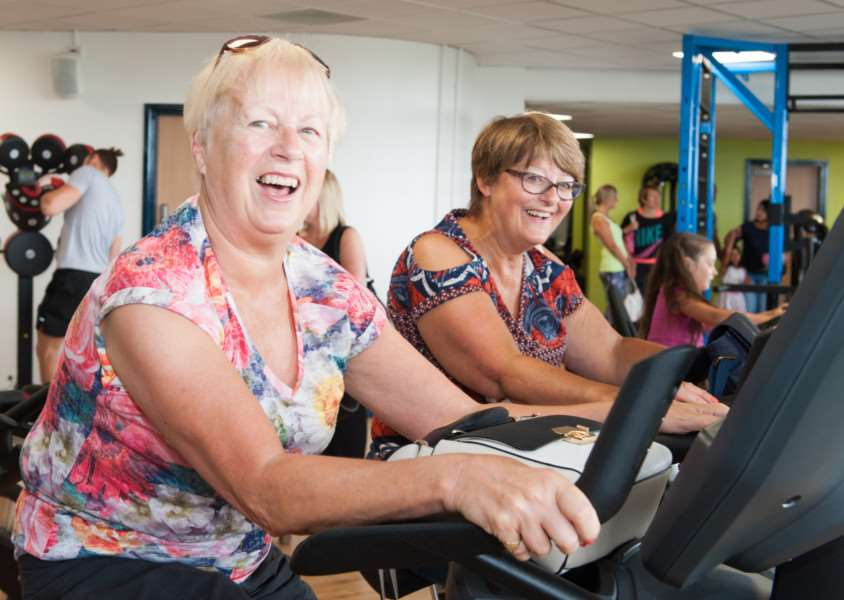 Enjoying the greater range of gym equipment at the Grantham Meres Leisure Centre. Copyright: Brian Hallam. Disc File 42150801