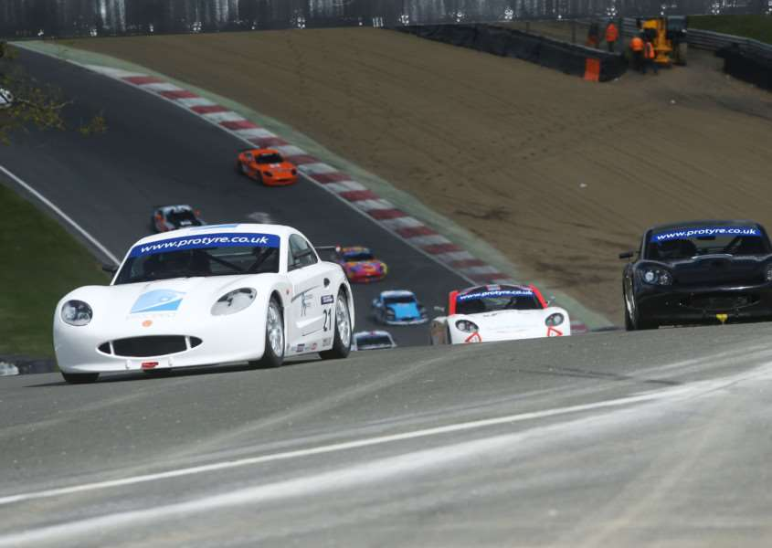 Andrew Richardson impressed on return to Ginetta Challenge. Photo: Jakob Ebrey