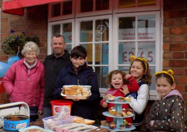 Children in Need cake sale in Great Gonerby EMN-151130-171142001