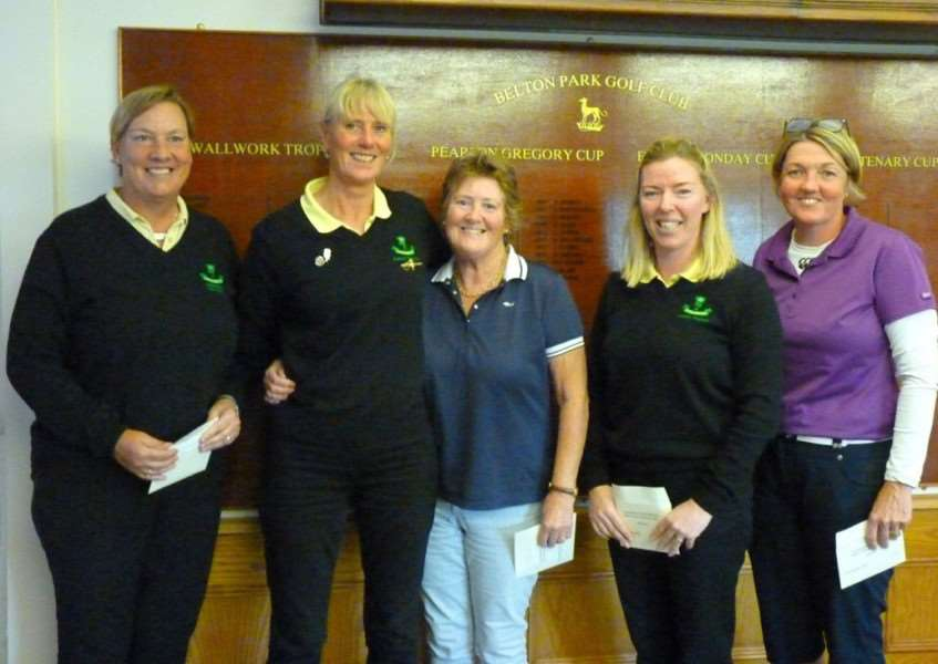 Lincolnshire Ladies' county president Jayne Crooks, second from the left, presenting to the winning team.