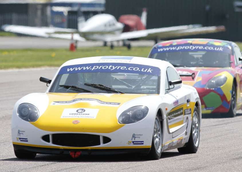 Alex Toth-Jones makes an impressive debut at Thruxton. Photo: Jakob Ebrey