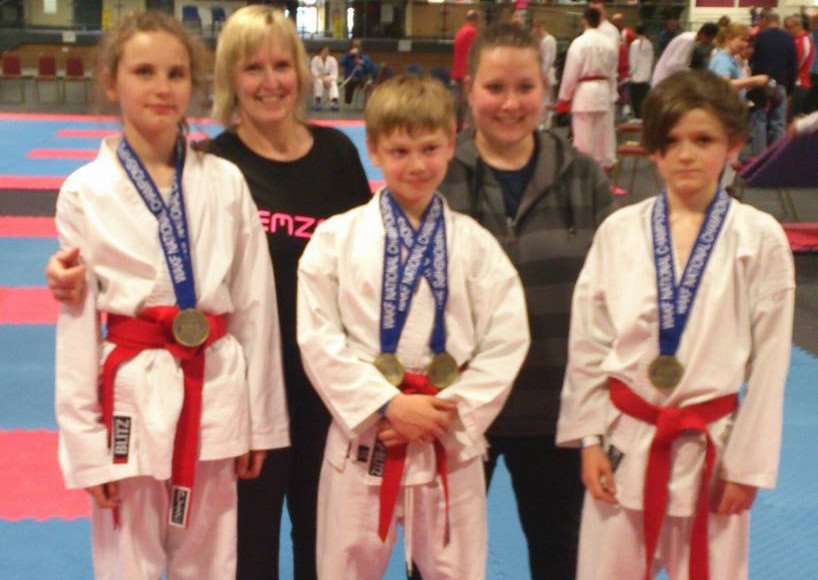 Angie Emms and her 'karate kids'. 1h8bw8olTgB-UOo-Pl33