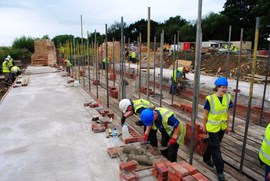 Work is well under way on refurbishing lock 15 on the Grantham Canal. EMN-160727-195441001
