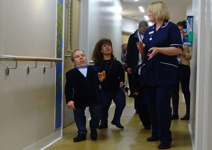 Warwick Davis enjoys a tour of the state of the art Hospice in a Hospital.