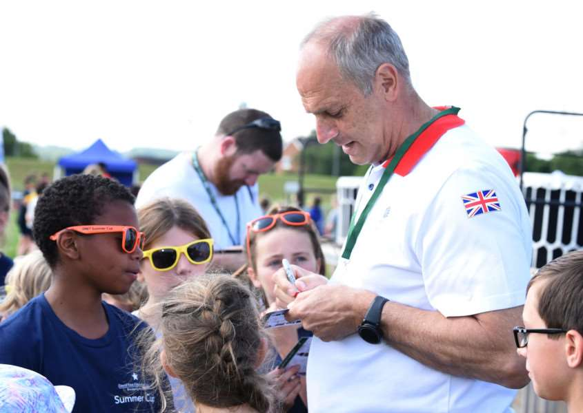 Sir Steve Redgrave signs autographs at the Summer Cup.