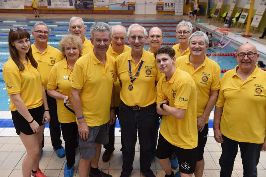 The Rotary team at Grantham Swimarathon 2018.