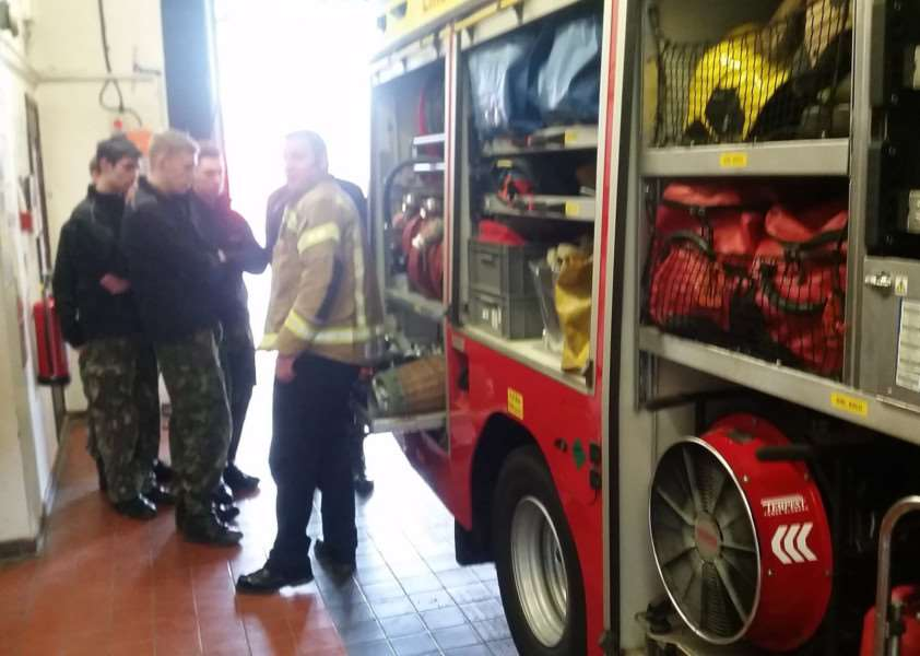 Grantham firefighters teach new skills to Grantham College public service students. Photo tweeted by @granthamfire