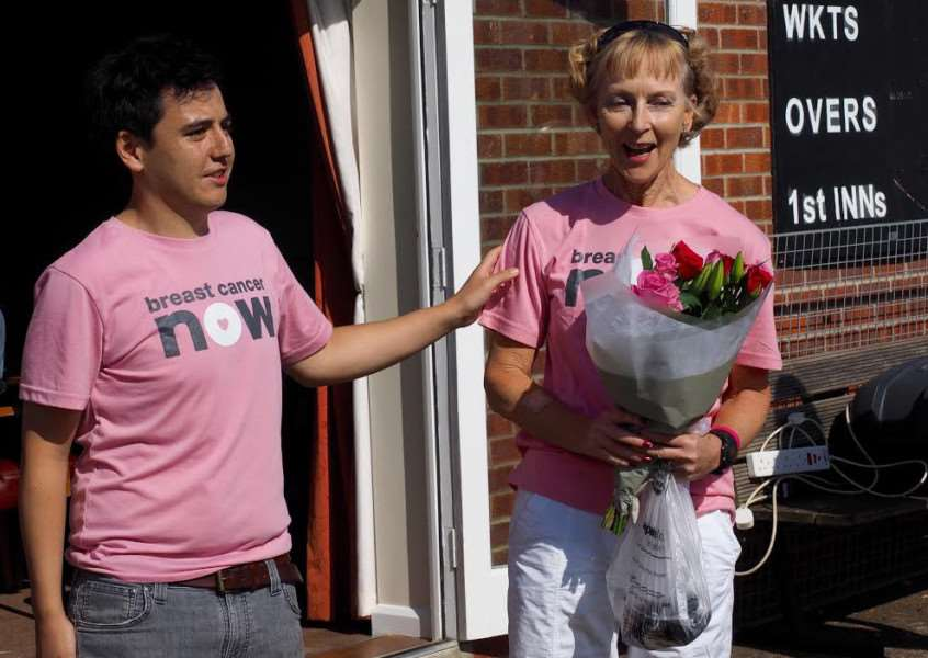 Laurence Byrne and Sue Stannard at last year's Very Amazing Pink Ribbon Race.