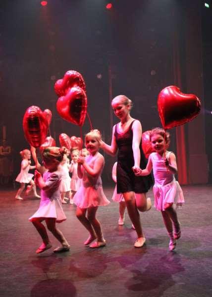Youngsters of Bingham School of Dance at Newark Palace Theatre.