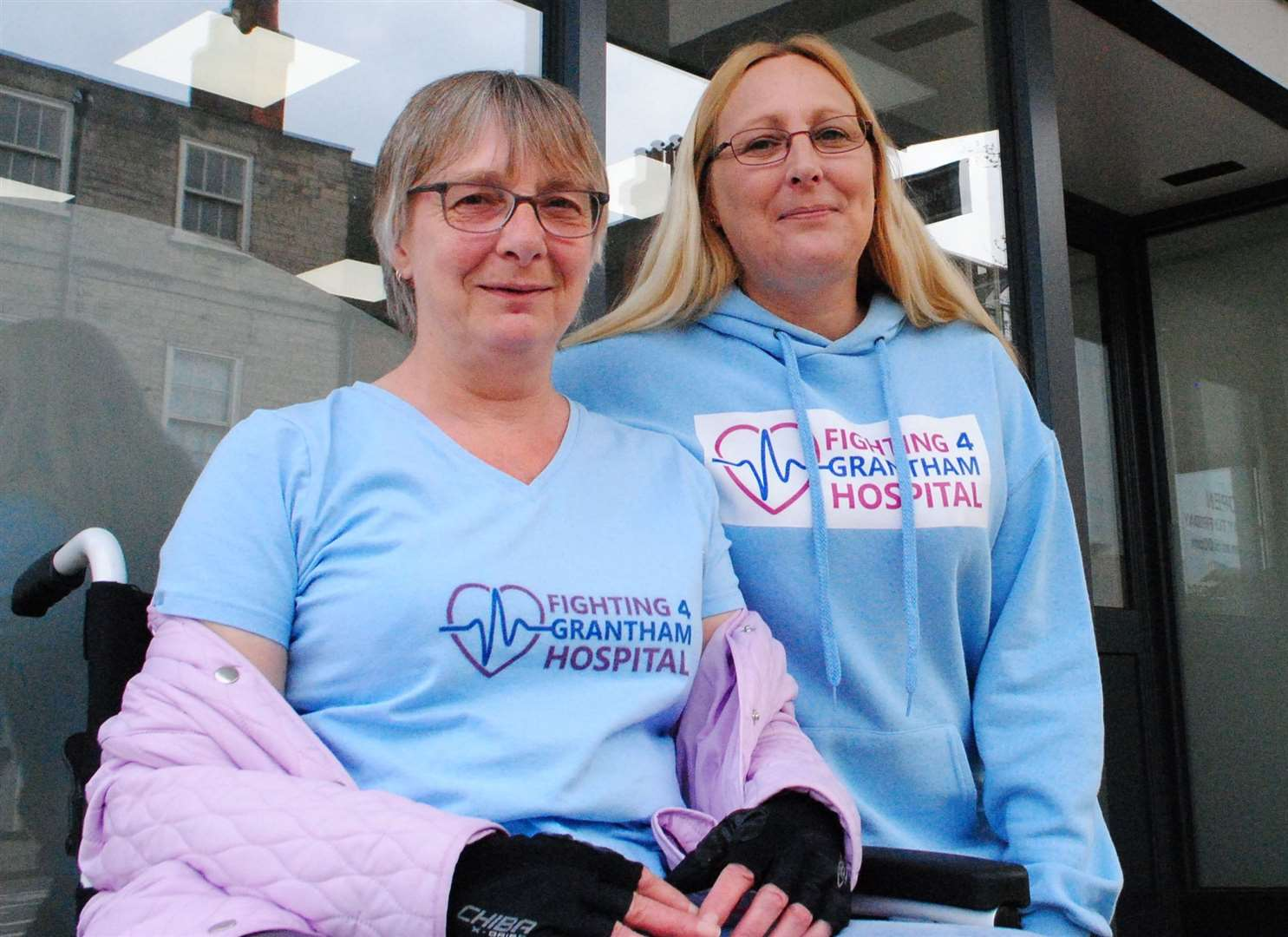 Hospital campaigner Jody Clark, right, with her mum Vera Horstead. (9331023)
