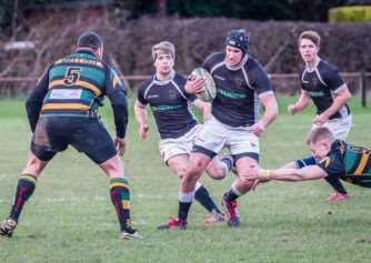 Will Pert drives Kesteven forwards. Photo: Graeme Reynolds