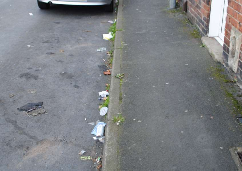 Litter in Norton Street, Grantham.