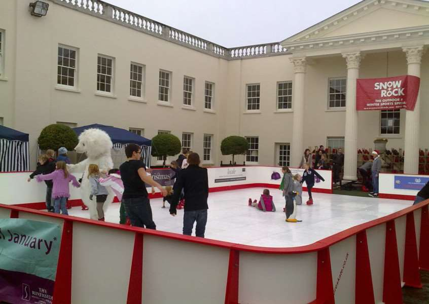 An ice rink just like this one will be installed in St Wulfram's in November.