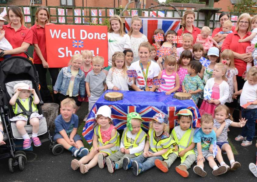 Olympic hockey gold medallist Shona McCallin meets staff and children at Stepping Stones nursery in Grantham. Photo: TRP-31-8-2016-959A (8)
